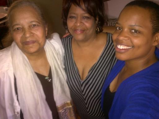 #mamaluvs #mothersdayselfie